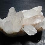 水晶は日本人の心にうったえる石